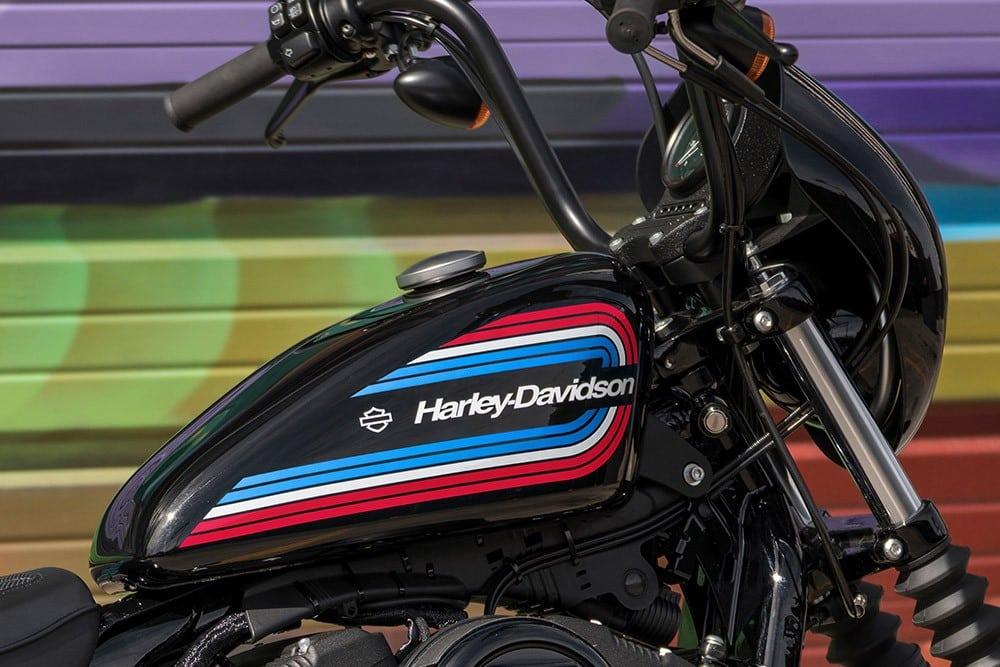 20-hd-iron-1200-bike-c25_feature5