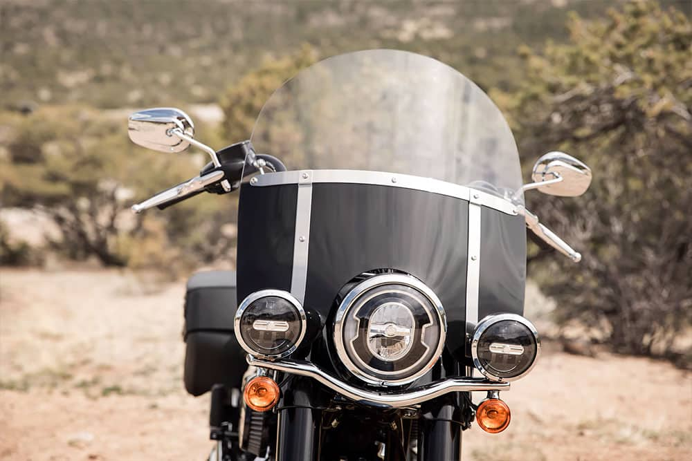 harley-davidson-softail-heritage-classic_feature2