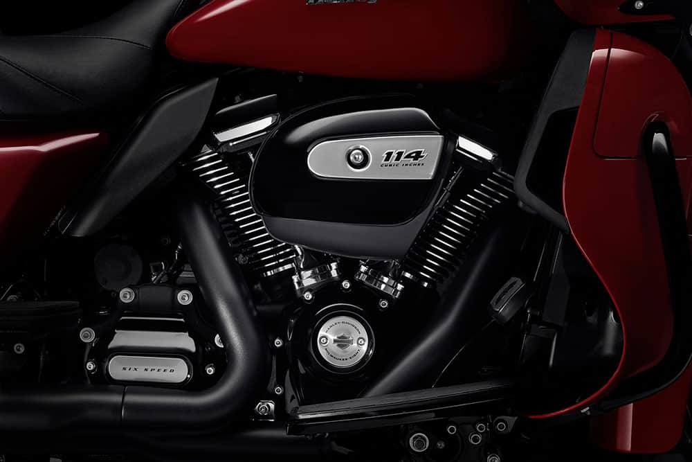harley-davidson-touring-road-glide-limited_feature1