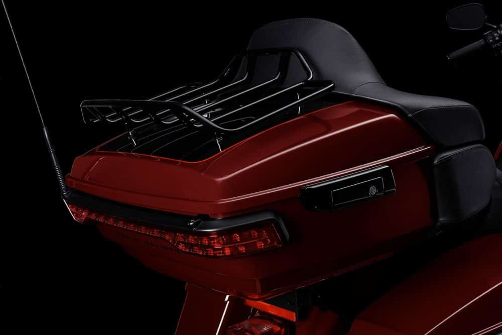 harley-davidson-touring-road-glide-limited_feature9