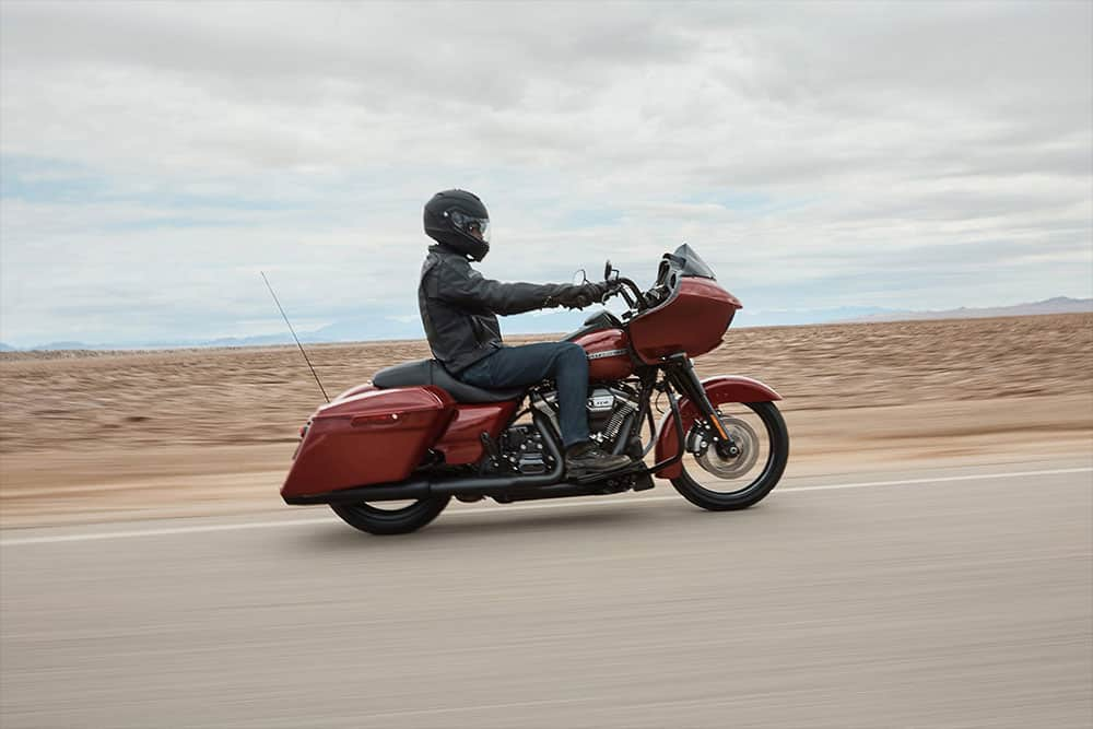 harley-davidson-touring-road-glide-special_feature5