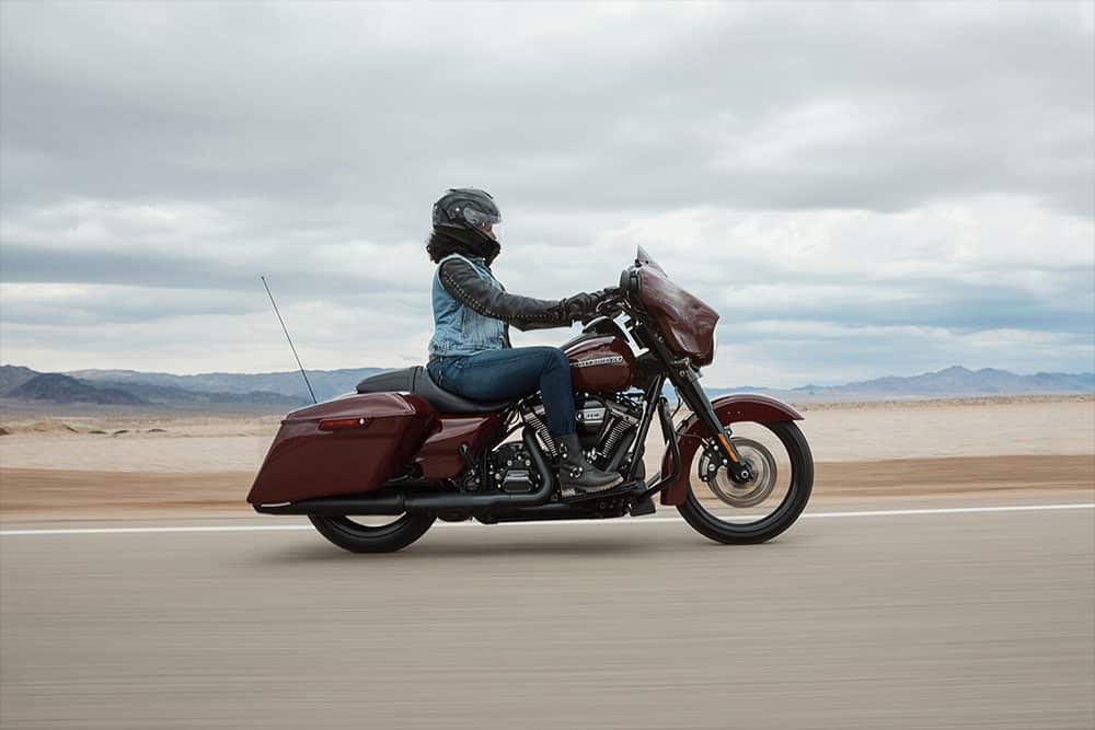 harley-davidson-touring-street-glide-special_feature6